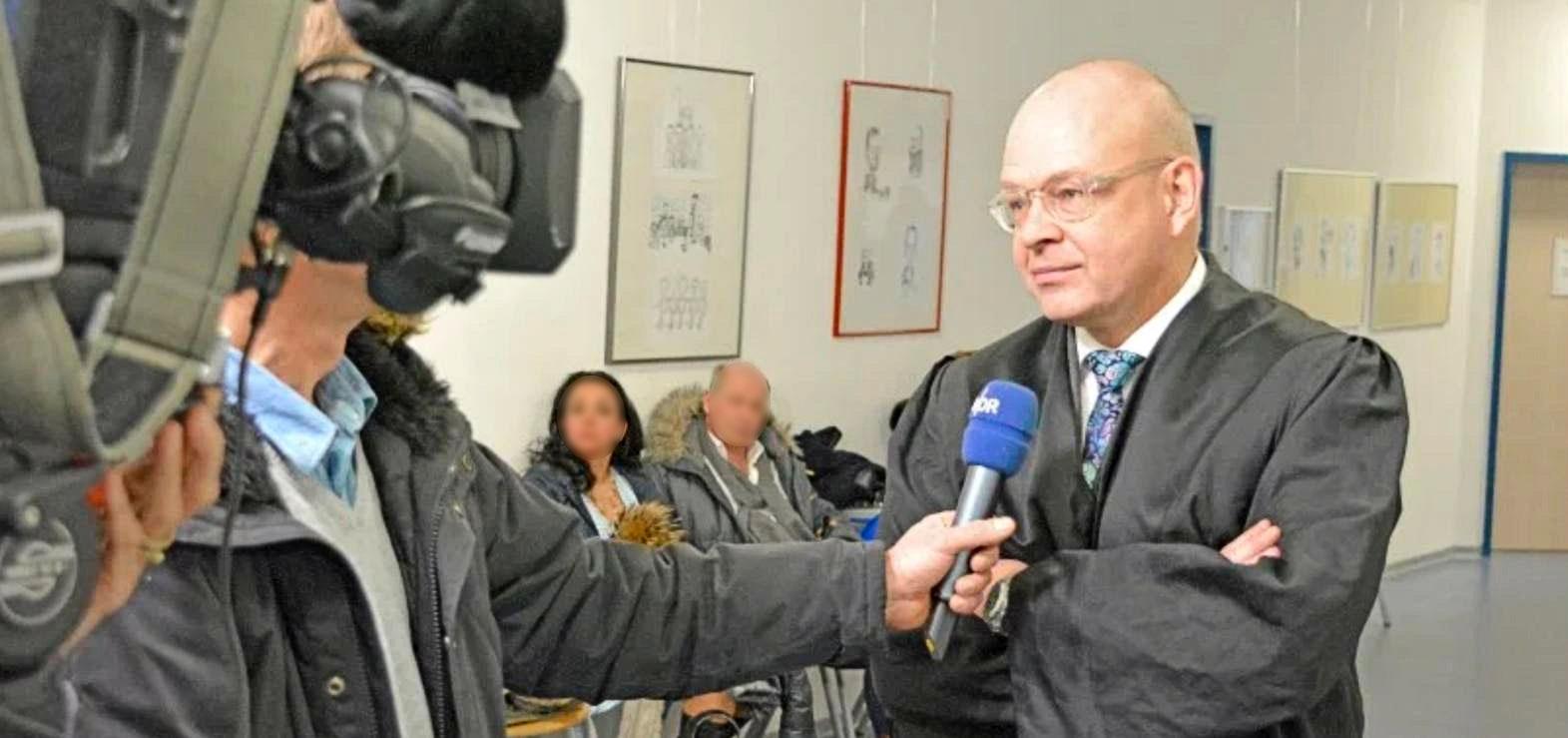 Rechtsanwalt Carsten Grau im NDR-Interview